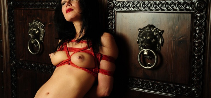 Renata (Saint-Petersburg) is a shibari model of RopeFest Baltia!